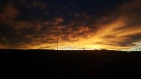 Vue de coucher du soleil de train près de ligne de partage des eaux Photographie stock
