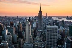 Vue de coucher du soleil du haut de la plate-forme d'observation de roche images libres de droits