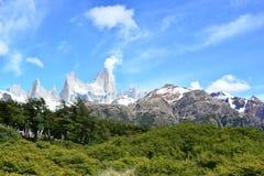 Vue de crête de Fitz Roy en parc national de visibilité directe Glaciares, EL Chaltén, Argentine Photo stock