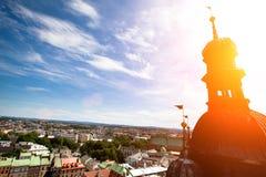 Vue de Cracovie d'église de rue Mary Images stock