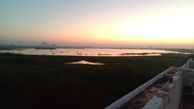 vue de début de la matinée de la poutre du soleil image libre de droits