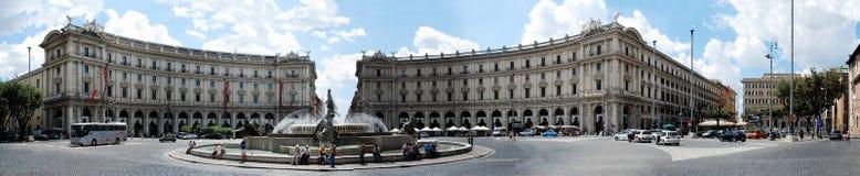 Vue de della Reppublica de Piazza de ville de Rome le 1er juin 2014 Images stock