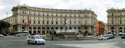 Vue de della Reppublica de Piazza de ville de Rome le 1er juin 2014 Photo stock