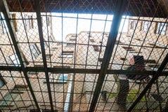 Vue de dessous de cour de prison de kgb à Riga Photographie stock