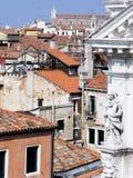 Vue de dessus de toit d'intérieur de Venise Italie image stock