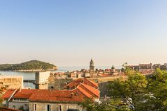 Vue de dessus de toit de la vieille ville de Dubrovnik photo libre de droits