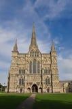 Vue de face de cathédrale de Salisbury Images libres de droits