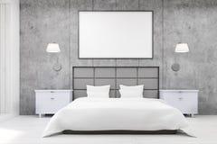 Vue de face de chambre à coucher avec les murs gris Image stock