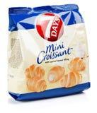 Vue de face de la saveur de vanila de 7DAYS Mini Croissant d'isolement sur le fond blanc Photo libre de droits