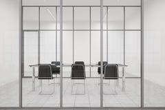 Vue de face de lobby de bureau avec le bureau en verre de Président Photo libre de droits
