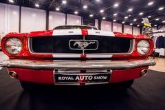 Vue de face de voiture Ford Mustang classique GT 390 Photographie stock libre de droits