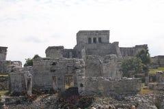 Vue de face du château de Tulum, Mexique photos stock