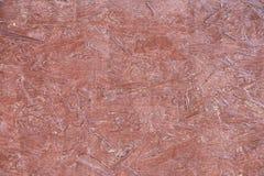 Vue de fin rouge peinte de mur de carton gris  photos libres de droits