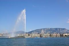 Vue de fontaine de lac geneva Images libres de droits