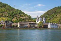 Vue de Karden Treis-Karden au panorama de la Moselle images stock