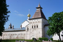 Vue de Kremlin dans la ville provinciale de Yaroslavl Image stock
