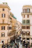 Vue de l'église du dei Monti de Trinita à l'Espagnol Steps Piazza di Spagna Photographie stock