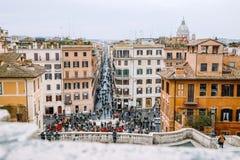 Vue de l'église du dei Monti de Trinita à l'Espagnol Steps Piazza di Spagna Image libre de droits