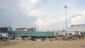 Vue de l'aéroport de Tan Son Nhat dans Saigon, Vietnam Photo stock