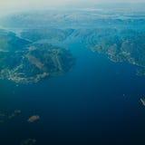 Vue de l'avion volant au-dessus de la Norvège Images stock