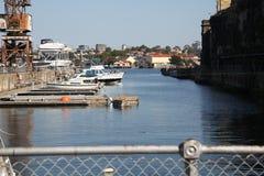 Vue de l'eau en île de cacatoès, Sydney Images stock