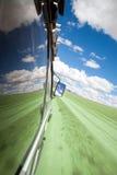 Vue de l'hublot d'un SUV Photos libres de droits