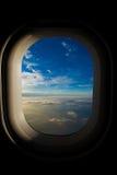 Vue de l'hublot de l'avion Image libre de droits