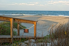 Vue de l'Océan Atlantique de la plage Image stock