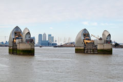 Vue de la barrière de la Tamise à Londres Photographie stock