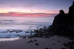 Vue de la côte de plage dans Algarve Image stock