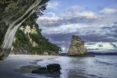 Vue de la caverne à la crique de cathédrale, coromandel, Nouvelle Zélande 20 Photos libres de droits