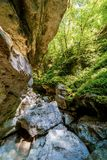 Vue de la caverne de Pradis, n Friuli Venezia Giulia, Italie photographie stock libre de droits