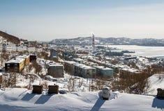 Vue de la chaleur et de centrale à Petropavlovsk-Kamchatsky photo libre de droits
