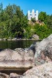 Vue de la chapelle Ludwigsburg sur l'île des morts dans Vyborg Photographie stock libre de droits