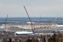 Vue de la construction d'un nouveau stade de football pour le monde Image libre de droits