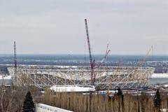 Vue de la construction d'un nouveau stade de football pour le monde Photos libres de droits
