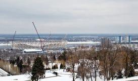 Vue de la construction d'un nouveau stade de football pour le monde Images stock