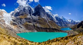 Vue de la Cordillère Huayhuash, Pérou Photographie stock