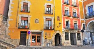 Vue de la cour au centre de la ville de Cuenca Photos stock