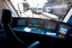 Vue de la fenêtre de la carlingue du train photos stock