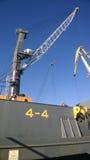 Vue de la grue à tour Port industriel Mécanismes de levage Images libres de droits