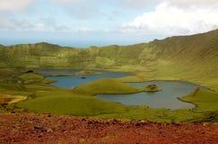Vue de la lagune dans un cône de volcan, Açores, Portugal Photographie stock