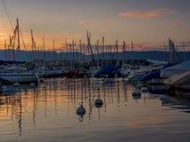 Vue de la marina calme de Genève Photo stock