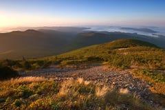 Vue de la mer des montagnes Sikhote-Alin photos stock
