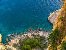 Vue de la mer ionienne du haut de la colline Image stock
