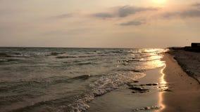 Vue de la Mer Noire une soirée d'été, Ukraine banque de vidéos