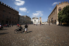 Vue de la place de Sordello dans Mantua, Italie image stock