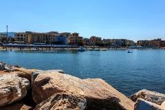 Vue de la plage dans la station balnéaire de San Vincenzo du côté de mer, Toscane, Italie photos stock