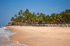 Vue de la plage de Varkala, hôtel de plage  Photos stock