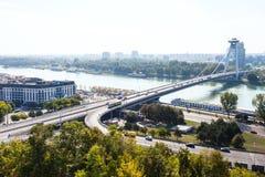 Vue de la plupart de SNP et de Danube à Bratislava Image stock